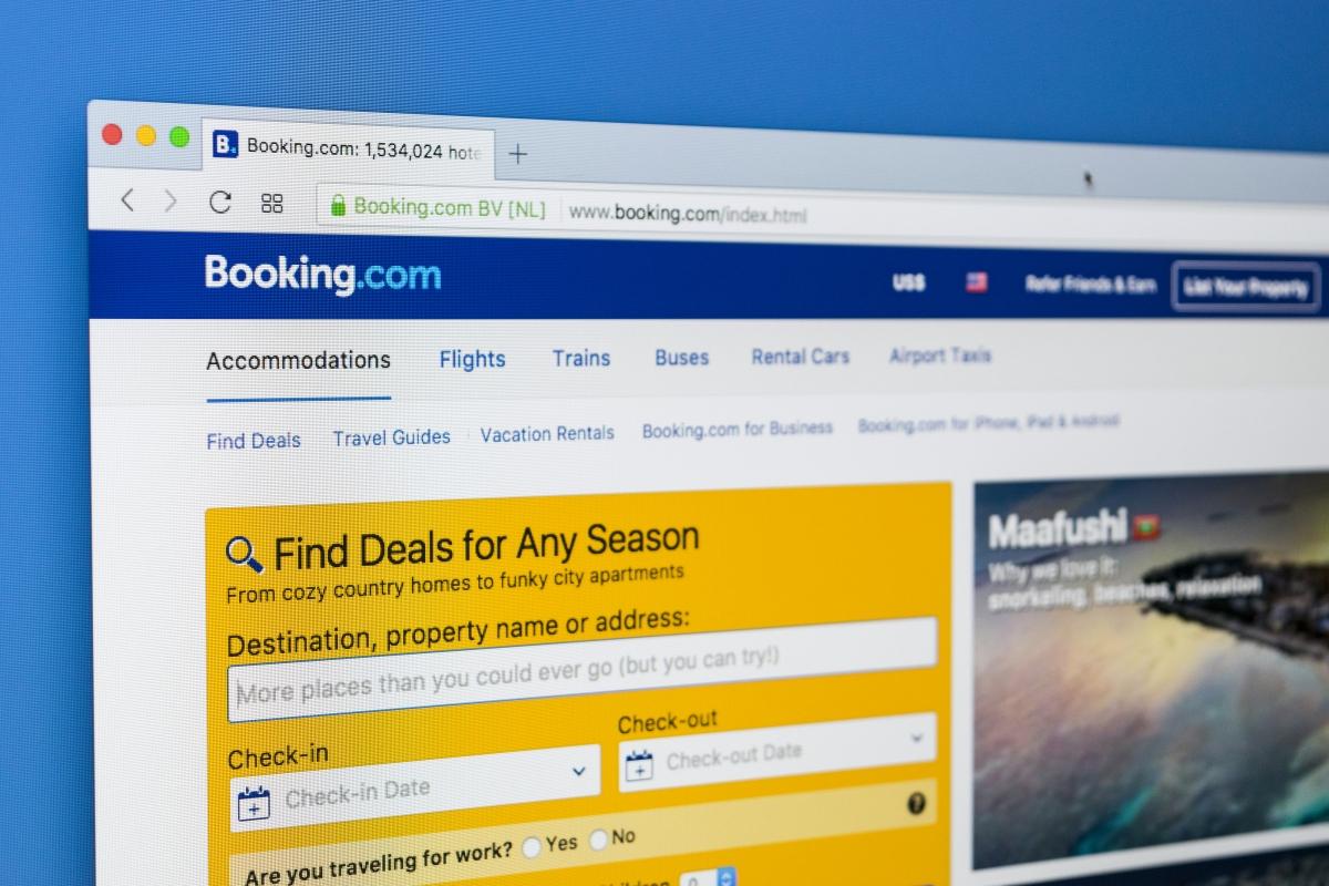 PriceSeeker, el comparador de precios de Paraty Tech, monitoriza los precios ofertados en booking.basic
